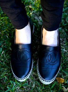 Chanel espadrilles lambskin black