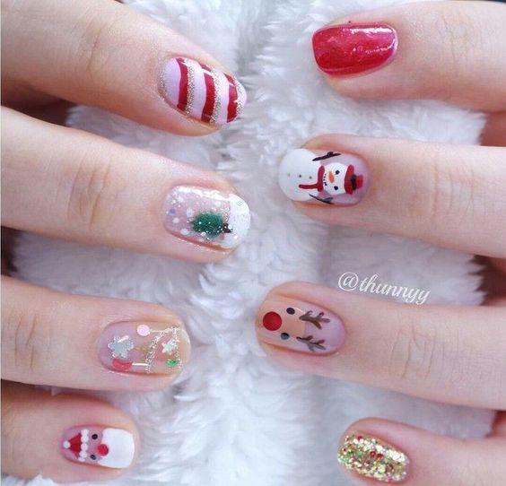snowman nail art 3